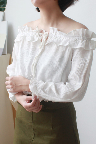 Off Shoulder Cop Top