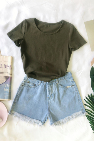 Collar Knit Crop Top