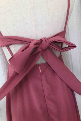 Back Ribbon Solid color dress